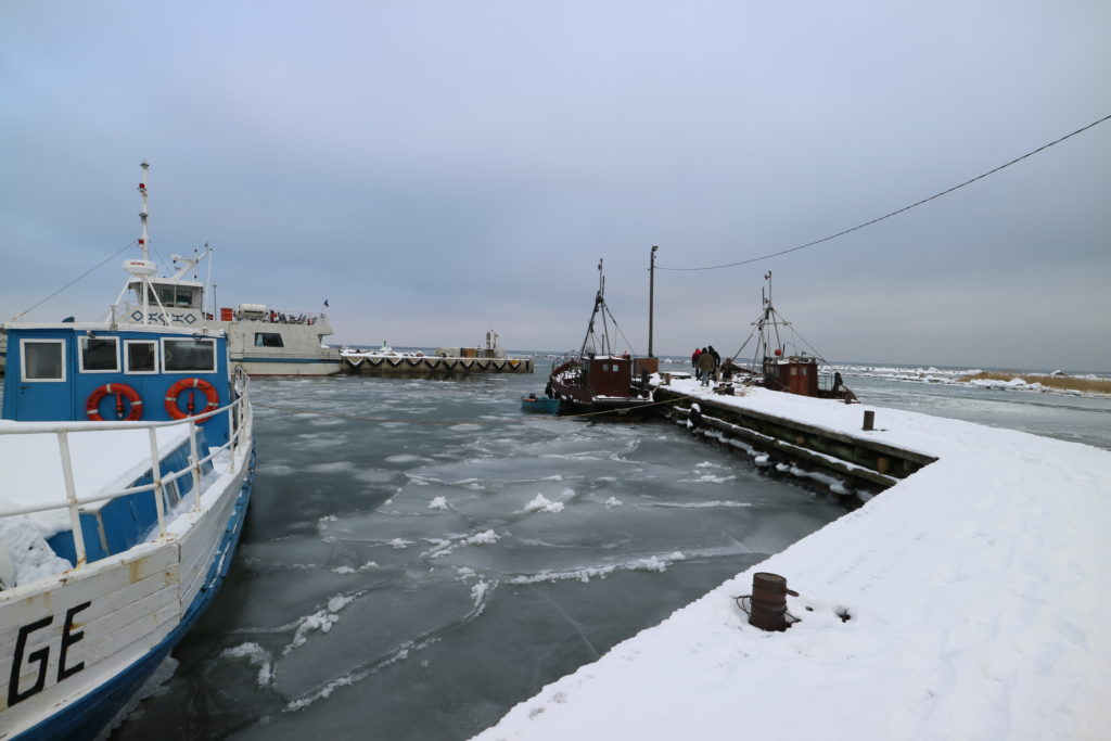 Prangli saarel töötab Kelnase sadam ka talvel.